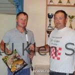 Nagrada štap za ribolov i 2,5 kg hrane